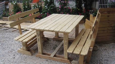 outdoor pallet benches table  pallets