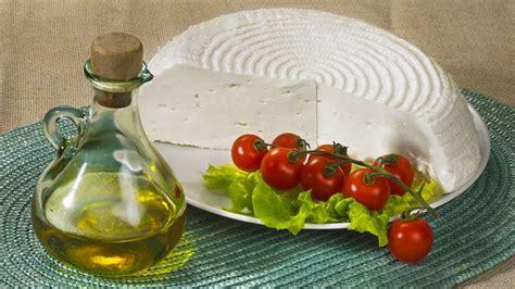 come fare formaggio in casa formaggio primo sale fatto in casa ricette bimby