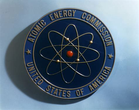 the atomic energy commission and the history of nuclear energy official histories from the department of energy from the discovery of fission to nuclear power production of early nuclear arsenal books file us atomic energy commission logo jpg