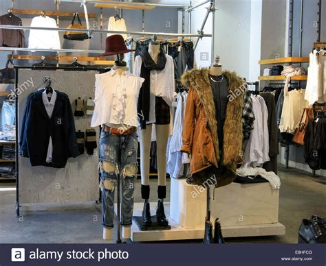 anthropologie store interior nyc stock photo royalty free image 60960993 alamy women s clothing display urban outfitters store at herald