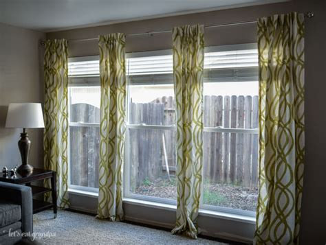 how close to ceiling to hang curtains how to hang curtains a quick tutorial hey let s make