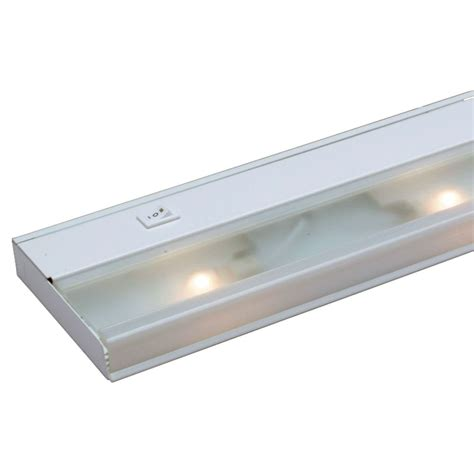 xenon cabinet lighting kichler 21 1 2 inch xenon cabinet light 10581wh