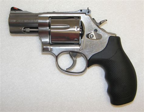 smith an dwesson sold smith and wesson 686 plus 357 magnum 2 5 inch barrel revolver new collectible