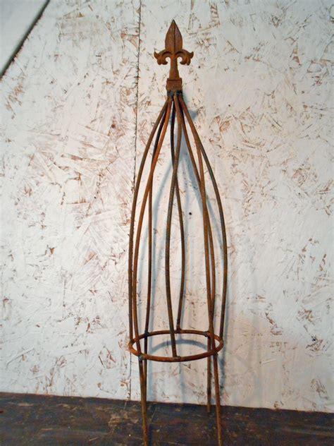 Small Metal Trellis 19 Quot Small Twist Metal Flower Trellis