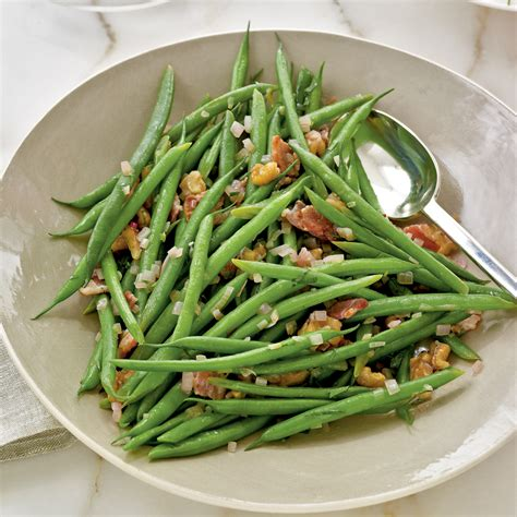 haricots verts with warm bacon vinaigrette recipe myrecipes