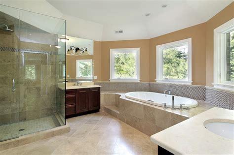 badezimmer fliesen rutschfest machen begehbare dusche fliesen anleitung und praxistipps