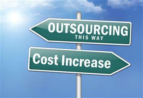 the service pros outsourcing advantage benefits disadvantages cost