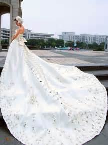big wedding dresses big white wedding dress designs wedding dress