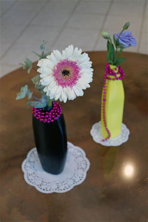 upcycle plastic bottles into vases home genius