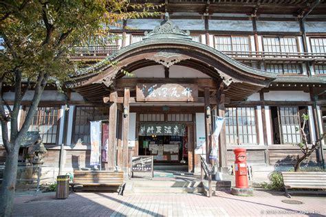tattoo friendly onsen beppu takegawara onsen the onsen magazine
