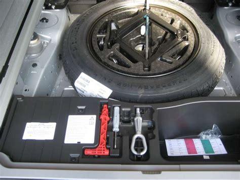 how does cars work 2006 bmw x5 spare parts catalogs spare tyre on e70 xoutpost com