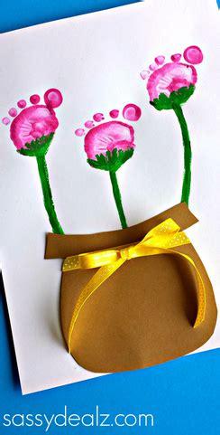 flower pot kid craft flower pot craft using kid s footprints crafty morning