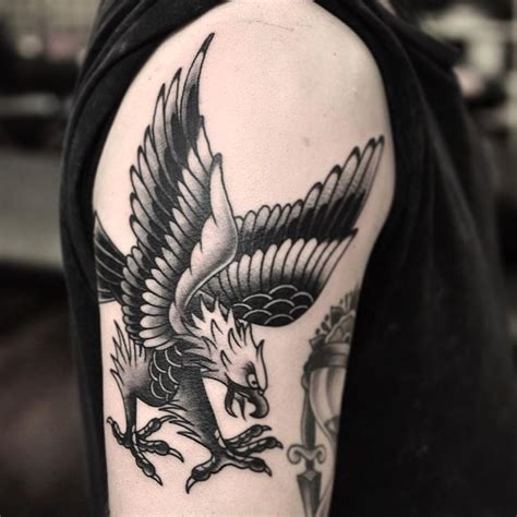 tattoo hours shoulder 7 best images about best eagle tattoo designs meanings