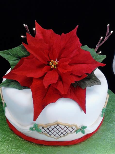 how to make a christmas yard poinsettia lighted gumpaste poinsettia on lighted cake cakecentral