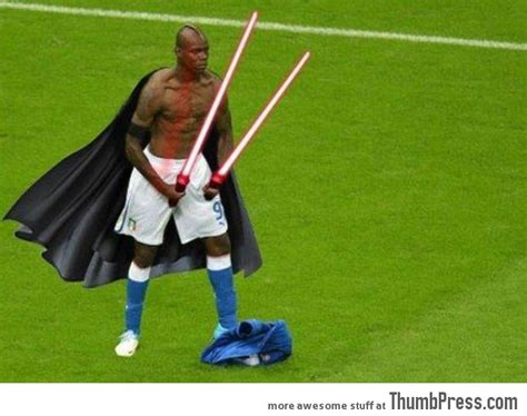 Balotelli Meme - mario balotelli 25 of the most funniest photoshops