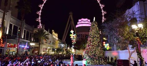 vegas attractions over christmas 2016 las vegas attractions dazzle and delight smart meetings