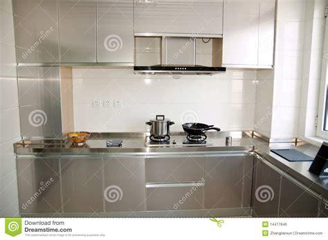 Small Kitchen Ideas For Studio Apartment cozinha moderna compacta foto de stock imagem de arm 225 rios