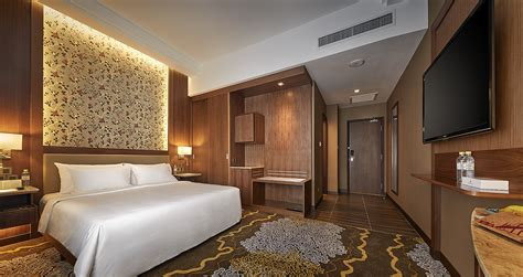 g hotel penang deluxe room executive deluxe rooms in penang the wembley a st giles hotel