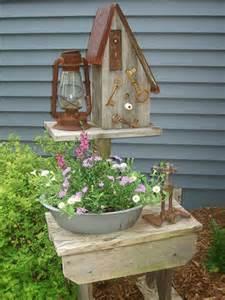 Primitive Outdoor Decor by Primitive Garden Decor In A Garden 2