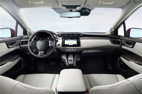 honda upholstery 2017 honda clarity fuel cell front interior 02 motor trend