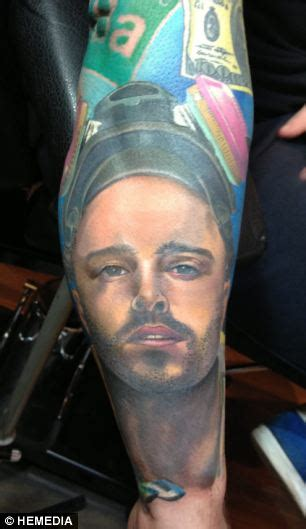 tattoo on jesse s hand breaking bad breaking bad fanatic gets heisenberg and other characters