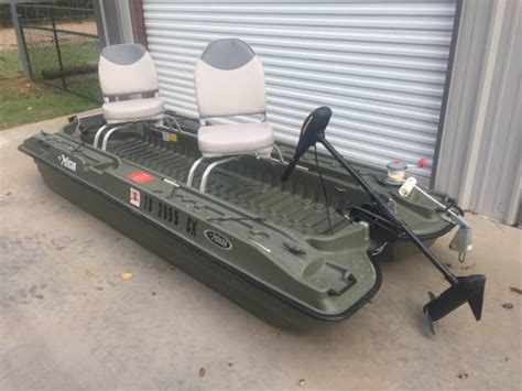 bass tracker 2 man boat seats bass buddy boats pictures to pin on pinterest pinsdaddy
