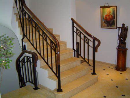 treppengeländer handlauf metall treppengel 228 nder mit mahagoni handlauf treppen