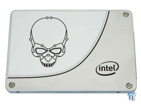 Intel Ssd 3520 Series Sata 3 800 Gb intel dc p3700 800gb nvme vs intel 730 series sata ssd raid report