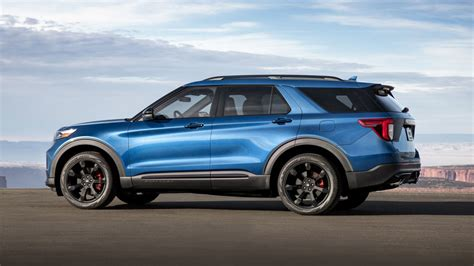 Ford Explorer St 2020 by 2020 Ford Explorer St Vs 2019 Dodge Durango Srt Specs