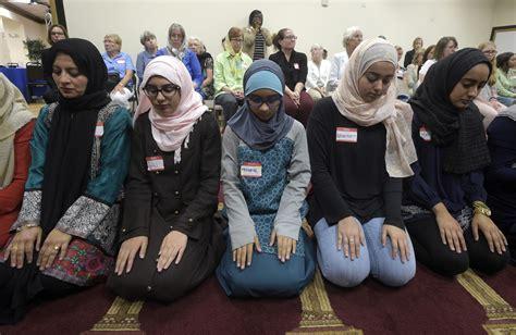lgbt leaders  trump dont target muslims