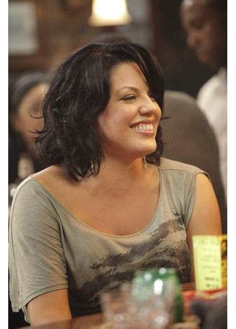 callie northagen hair style pictures of her hair as it is today all brushed off her face grey s anatomy callie hair cut callie torres haircuts