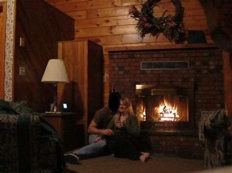 hotel with log fire in bedroom fireplace so romantic picture of smoke hole caverns