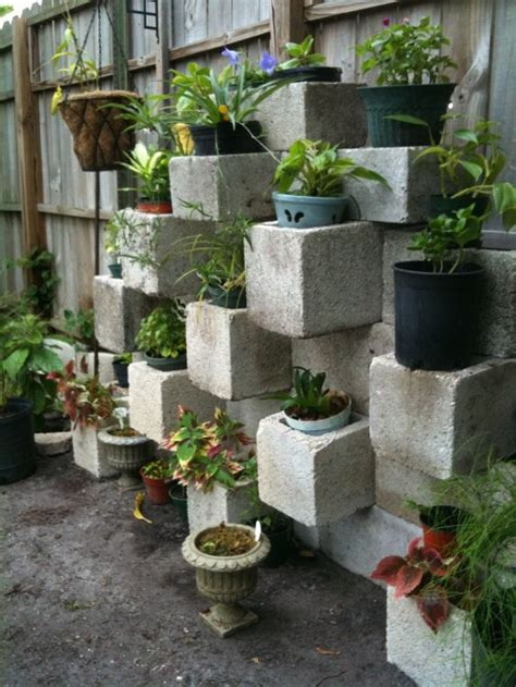 Backyard Planter Ideas C A Y L A W R A L Cinder Block Garden Design