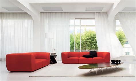 divano soggiorno arredare il soggiorno con un divano rosso salotto perfetto