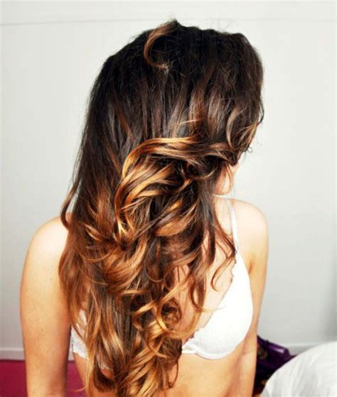 what hair color is easy on wrinkles pretty two tone brown ombre hair http www