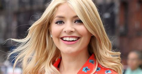 celebrity juice halloween special holly holly willoughby sizzles as harley quinn on celebrity