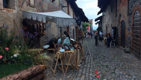 ricetto di candelo eventi ricetto di candelo e sapor di medioevo piemonte medioevale