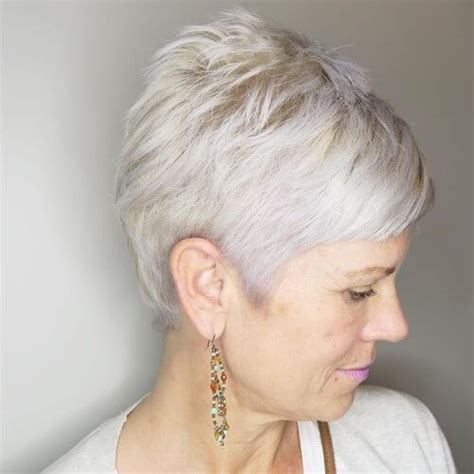 platnium highlights very very short pixie salt and pepper 38 best pixie cut hairstyles that are hot in 2018