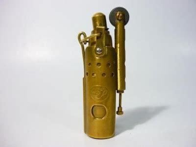 Korek Api Gas Antik korek api gas unik dan antik