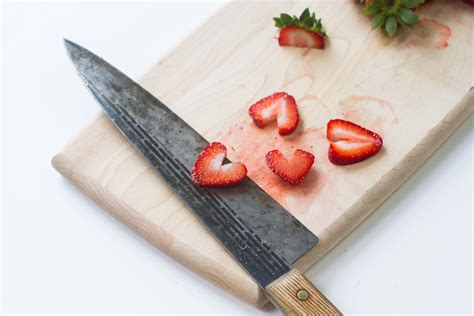 How To Slice Strawberries For Decoration by How To Cut Strawberries For Decoration Leaftv