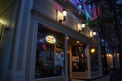 top bars in cincinnati cincinnati top local music venues