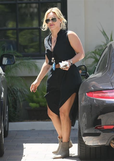 carrie underwood house hilary duff picture 196 hilary duff going to carrie underwood s house