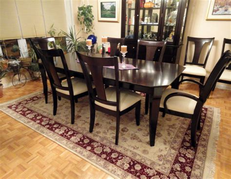 area rug for dining room table rug dining room table goenoeng