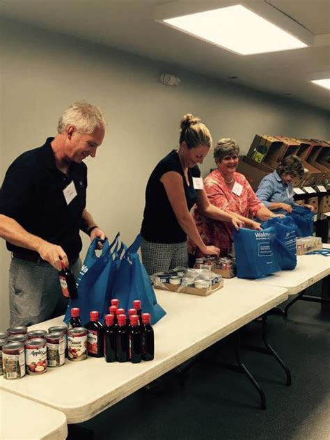 Food Pantry Lafayette Indiana by Food Finders Food Bank Inc Nonprofit In Lafayette In Volunteer Read Reviews Donate