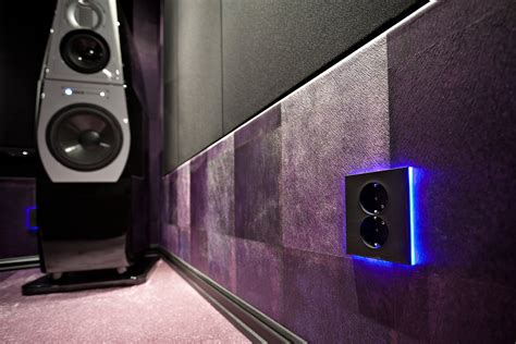 Home Theater E Lco akto s home theater gallery the purple theater 40 photos