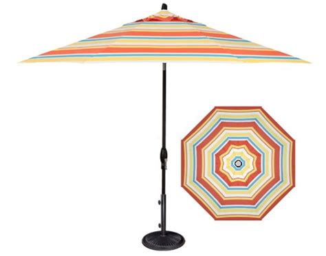 Striped patio umbrella in 9 foot Barcelona style fabric   Ogni