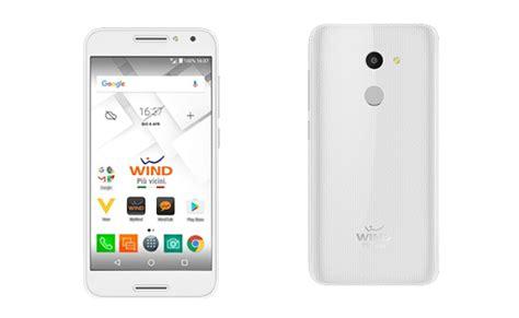 offerte wind mobile con telefono wind come funziona il servizio quot telefono incluso quot per