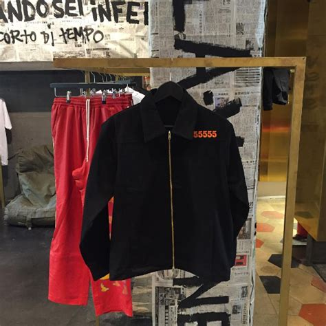Jaket Jahil anyone the type of jacket that the vlone jacket