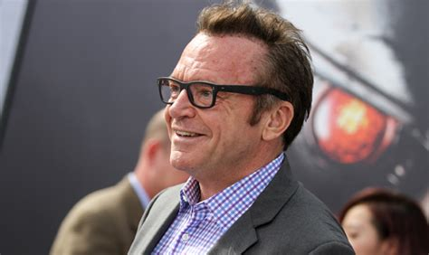 tom arnold espn update comedian tom arnold claims to have infamous