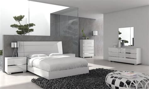 White Bedroom Furniture Sets Master Modern Contemporary White Master Bedroom Furniture